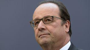 François Hollande, lors d'un sommet européen, à Bruxelles (Belgique), le 17 décembre 2015. (THIERRY CHARLIER / AFP)