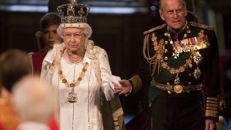La reine d'Angleterre ouvre la session parlementaire à Westminster, le 9 mai 2012. (RICHARD POHLE / POOL)
