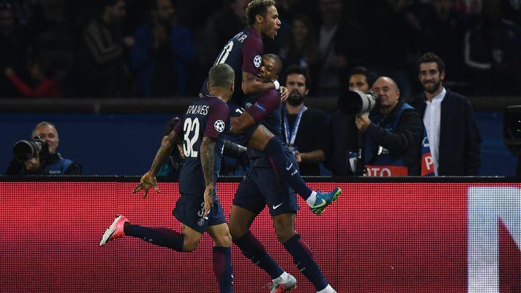Dans son Parc des Princes, le PSG a balayé un Bayern Municjh impuissant (3-0). (FRANCK FIFE / AFP)