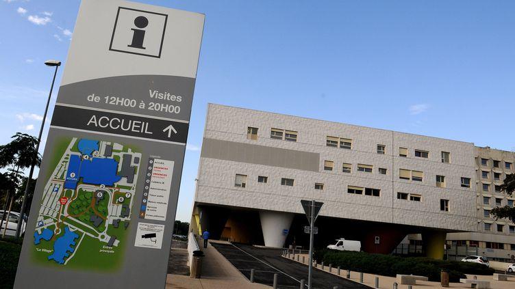 À l'hôpital d'Avignon, les questions religieuses sont de plus en plus souvent source de débat parmi les soignants. (ESPOSITO ANGE / MAXPPP)