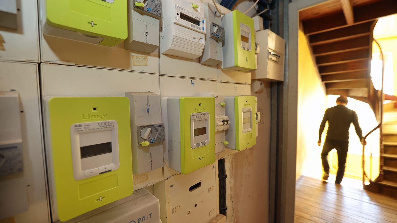 Compteur Linky : un habitant de l'Hérault, qui refuse son installation, est privé d'électricité depuis un an