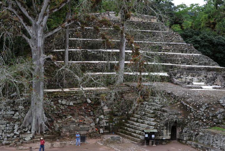 """Ces ruines sont surnommées par les archéologues l'""""Athènes maya"""" (ruines Maya de Copan, Honduras). (ORLANDO SIERRA / AFP)"""