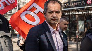 Le secrétaire général de FO, Pascal Pavageau, participe à une manifestation contre les réformes du gouvernement, le 9 octobre 2018 à Paris. (KARINE PIERRE / HANS LUCAS / AFP)