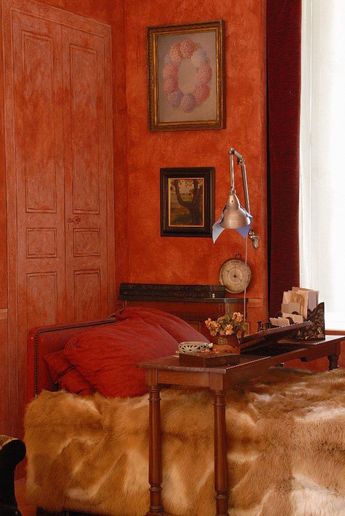 La chambre reconstituée de Colette, dans sa maison natale deSaint Sauveur-en-Puisaye (Yonne). (BOISVIEUX CHRISTOPHE / HEMIS.FR)