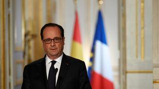 François Hollande, lors d'une conférence de presse, à l'Elysée, le 11 avril 2017. (LIONEL BONAVENTURE / AFP)