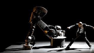 """""""Sans objet"""" de la Cie 111 mise en scène par Aurélien Bory sur la scène du Théatre de la Cité internationale (Paris 14e)  (Culturebox)"""