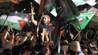 Manifestation de soutien au Hamas à Saida dans le sud du Liban, le 11 mai 2021. (MAHMOUD ZAYYAT / AFP)