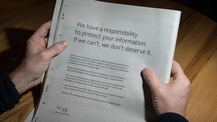 La page de publicitépubliée par Facebook dansplusieurs titres de presse anglo-saxons, dimanche 25 mars 2018. (OLI SCARFF / AFP)