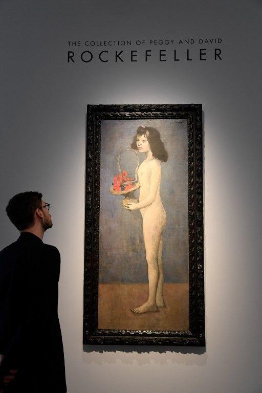 """""""Fillette à la corbeille fleurie"""", Pablo Picasso, 1905  (BERTRAND GUAY / AFP)"""