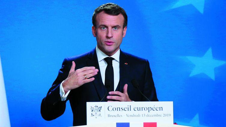 Emmanuel Macron lors d'un sommet du Conseil européen organisé le 13 décembre 2019 à Bruxelles (Belgique) pour évoquer la question du réchauffement climatique. (DURSUN AYDEMIR / ANADOLU AGENCY / AFP)