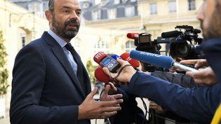 Le Premier ministre, Edouard Philippe, lors d'un point presse à son arrivée à l'hôtel de Matignon, le 29 avril 2019 à Paris. (BERTRAND GUAY / AFP)