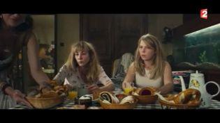 """Julie Depardieu dans le film """"Crash Test Aglaé"""" (FRANCE 2)"""