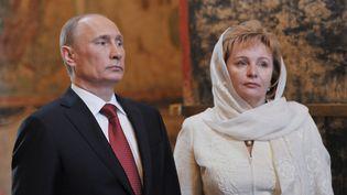 Le président russe Vladimir Poutine et sa femme Lioudmila, le 7 mai 2012. (ALEXEI NIKOLSKY / RIA-NOVOSTI)