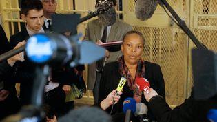 La ministre de la Justice, Christiane Taubira, s'exprime devant la presse, depuis la prison de Fresnes, le 13 janvier 2015. (MATTHIEU ALEXANDRE / AFP)