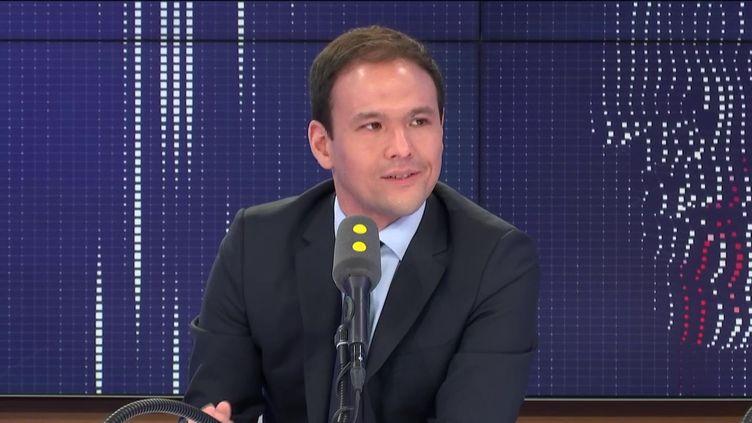 Cédric O, secrétaire d'État chargé du Numérique, était l'invité de franceinfo lundi 17 février . (FRANCEINFO / RADIO FRANCE)
