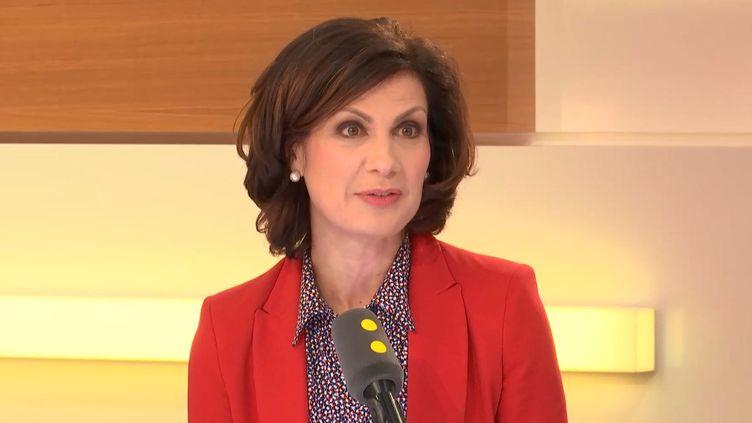 La porte-parole du Medef,Dominique Carlac'h, sur le plateau de franceinfo, le 30 mars 2018. (FRANCEINFO / RADIOFRANCE)
