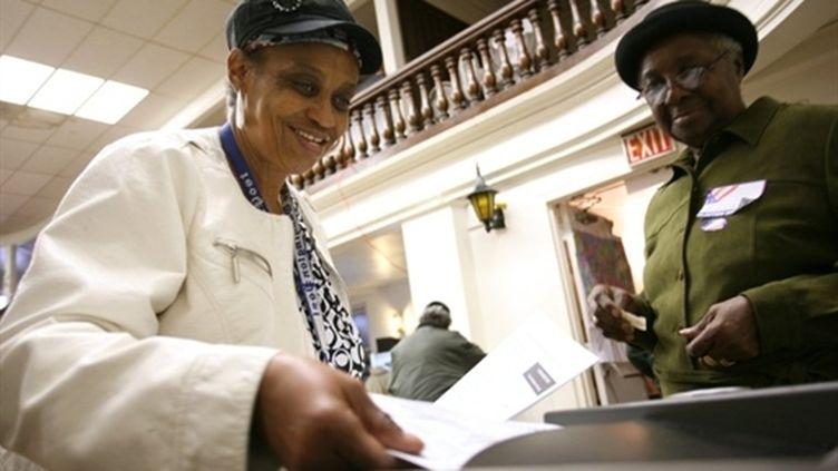 Vote dans une église de Washington pour les élections de mi-mandat (2 novembre 2010) (AFP / Kimihiro Hoshino)