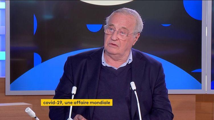 Le Pr Derenne (FRANCEINFO)