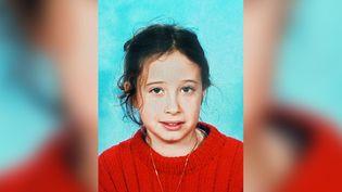 Photo d'Estelle Mouzin, issue de l'avis de recherche lors de sa disparition en 2003, distribuée par la police (AFP/POLICE)