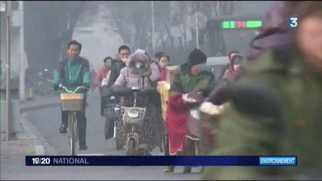 Pollution : la Chine toujours en alerte rouge