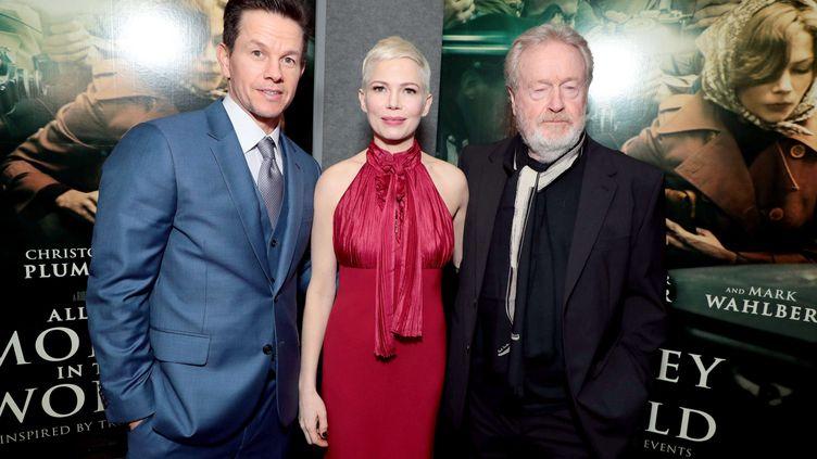 """Mark Wahlberg et Michelle Williams lors de la première du film """"Tout l'argent du monde"""", à Beverly Hills (Californie), le 18 décembre 2017. (CHARBONNEAU/SHUTTERSTOC/SIPA / REX / SIPA)"""