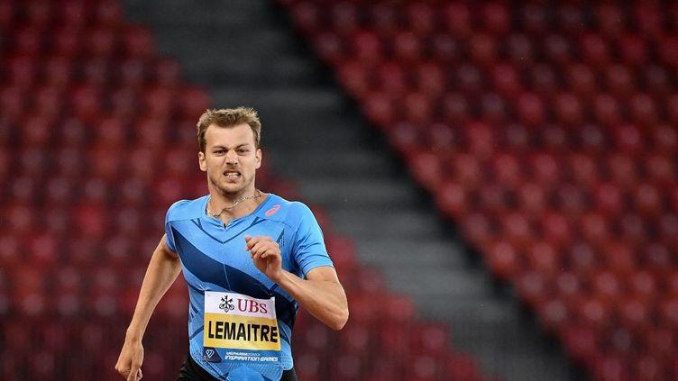 """Christophe Lemaitre lors du 200 m hommes des """"Inspiration Games"""" de Zurich, le 9 juillet 2020. (FABRICE COFFRINI / AFP)"""
