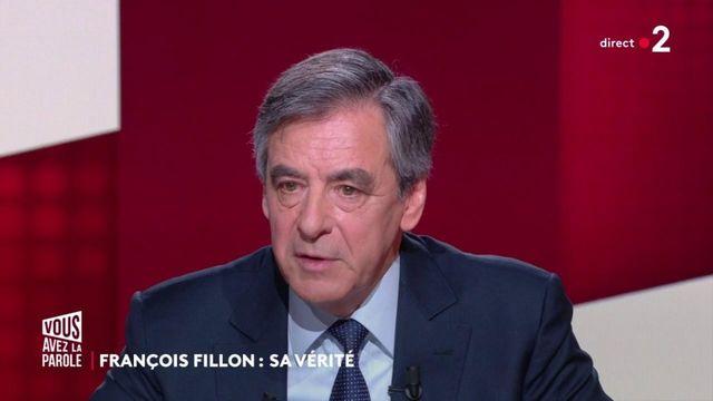 """VIDEO. """"J'ai fait l'erreur de provoquer Nicolas Sarkozy"""", déclare Français Fillon sur le plateau de """"Vous avez la parole"""""""