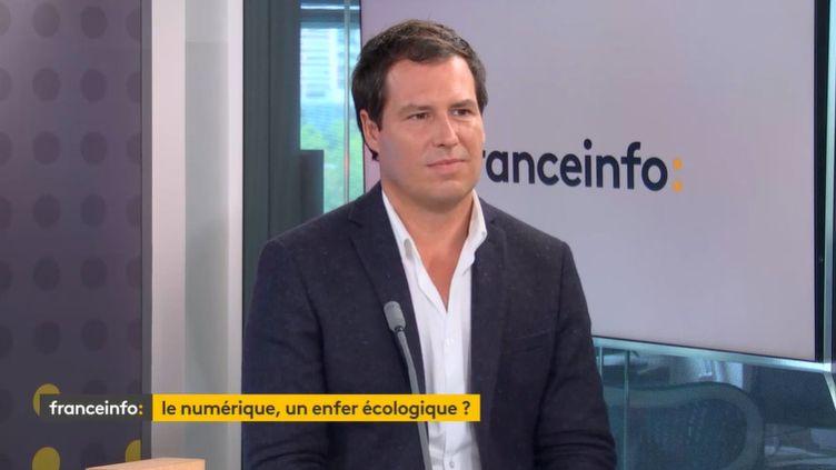 Guillaume Pitron, journaliste et auteur du livre L'enfer numérique, voyage au bout d'un like, invité de franceinfo le 14 septembre 2021. (FRANCEINFO)