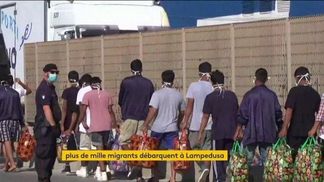 Plus de mille migrants arrivent à Lampedusa