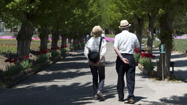 """Selon un sondage CSA publié le 5 juillet 2013,53% des Français sont prêts à cotiser 43 ans pour """"garantir le financement du système de retraite par répartition"""". (FLICKR RF / GETTY IMAGES)"""