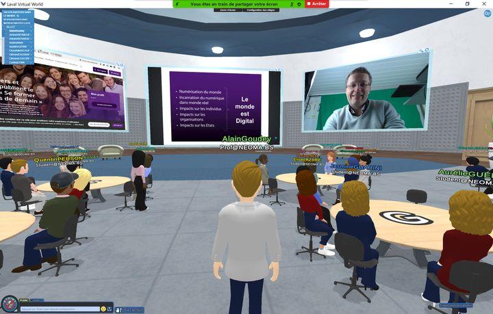 Alain Goudey lors d'un cours sur le campus virtuel permanent de l'école Neoma. (NEOMA)