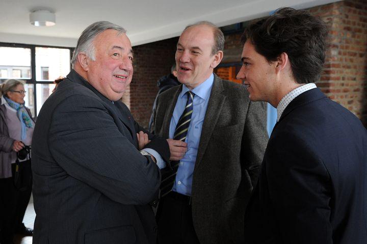 A droite, Stéphane Sieczkowski-Samier, le maire d'Hesdin (Pas-de-Calais) aux côtés de Daniel Fasquelle, député LR (au centre) et de Gérard Larcher, le président du Sénat (à droite), le 10 avril 2015 à Boulogne-sur-Mer. (MAXPPP)
