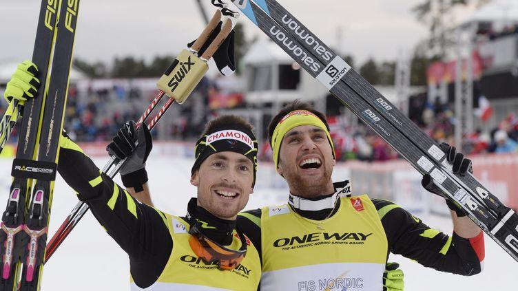 Jason Lamy Chappuis et Francois Braud ont décroché l'or au bout du suspense (CHRISTOF STACHE / AFP)