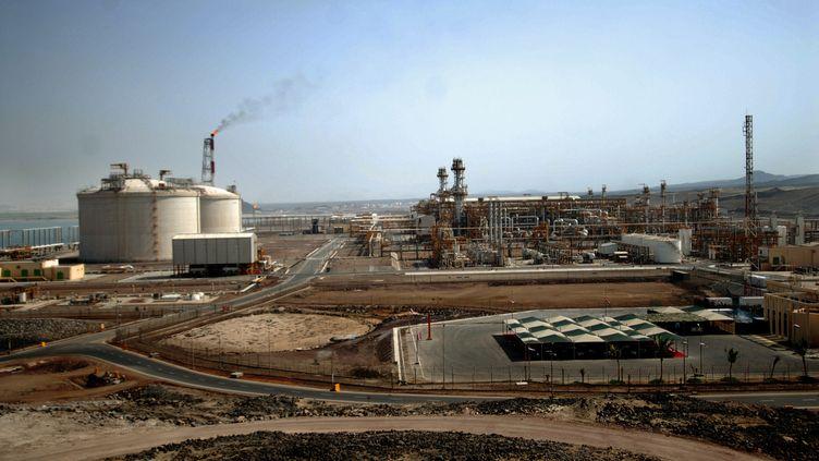 Le site gazier de Balhaf (Yémen), exploité par une filiale de Total, en 2010. (MOHAMMED HUWAIS / AFP)