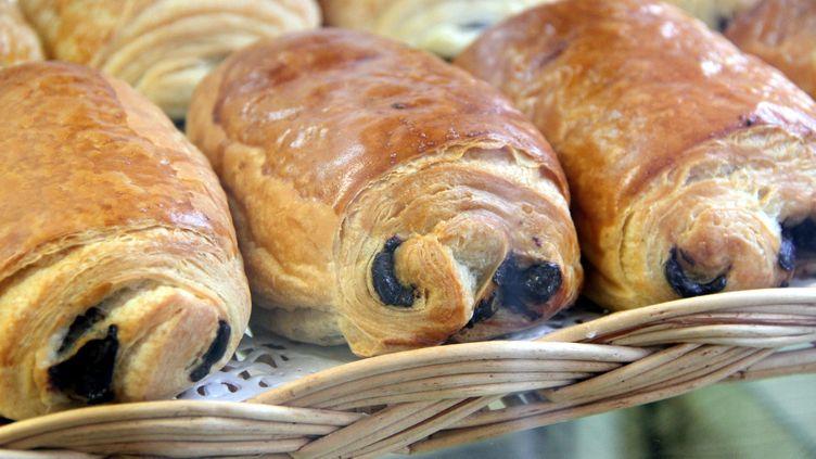 Des pains au chocolat à Thionville (Moselle), en 2012. (MAXPPP)