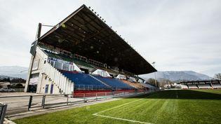 Le stade Lesdiguières, où joue le FC Grenoble, photographiéle 14 mars 2017. (MAXPPP)