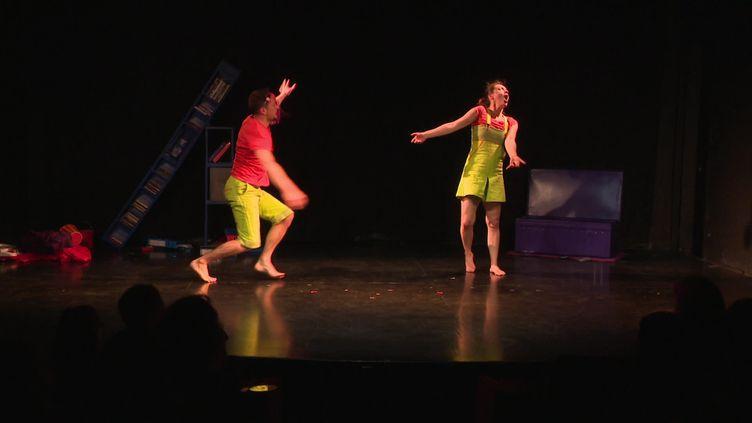 Le Théâtre du Grand Rond a rouvert ses portes ce samedi 20 mars pour trois spectacles. (CAPTURE D'ÉCRAN FRANCE 3 / PE. ZAHN)