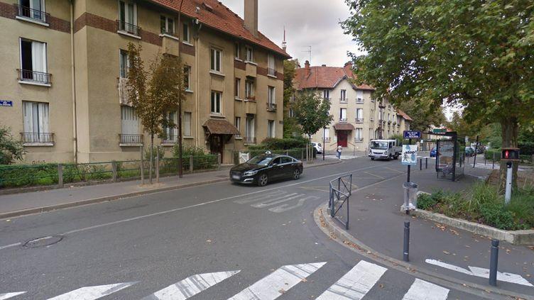 Les Lilas (Seine-Saint-Denis), rue des Sablons. (GOOGLE STREET VIEW)