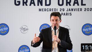 """Benjamin Griveaux lors de son """"grand oral"""" sur la thématique du vélo, le 29 janvier 2020, à Paris. (CHRISTOPHE ARCHAMBAULT / AFP)"""