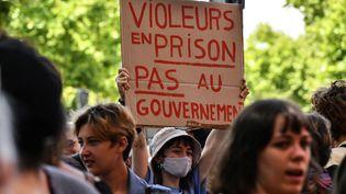 Des militantes féministes sont rassemblées à Toulouse (Haute-Garonne),le 10 juillet 2020. (GEORGES GOBET / AFP)
