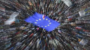 """Illustration""""Avenue de l'Europe"""". L'Europe de la dernière chance (MICHAL CIZEK / AFP)"""
