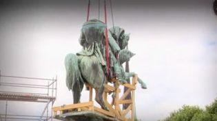 Remplacer la statue de Napoléon par celle de l'avocate et féministe Gisèle Halimi, le sujet fait polémique à Rouen (Seine-Maritime). France 2 fait le point. (FRANCE 2)