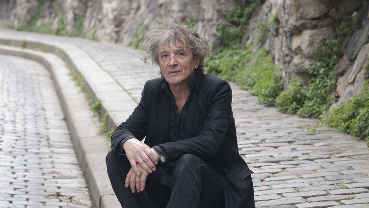"""L'écrivain Hubert Haddad lauréat du Prix Océans France Ô du livre 2014 pour """"Le peintre d'éventail (Zulma)"""