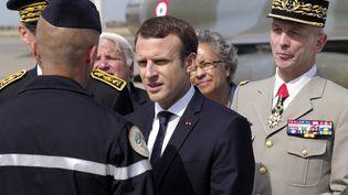 Emmanuel Macron, le 20 juillet 2017, à Istres(Bouches-du-Rhône). (ARNOLD JEROCKI / AFP)