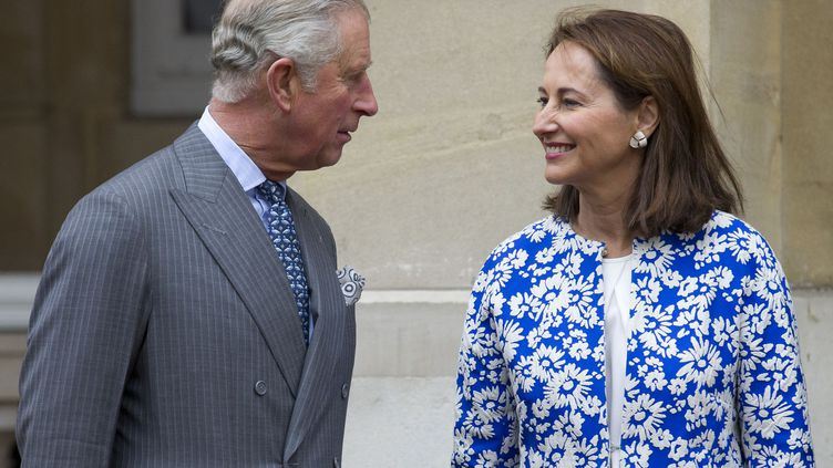 à Londres, le 29 octobre 2015.Lors d'une précédente visite au Royaume-Uni, le 28 mai 2015, Ségolène Royal avait officiellement remis une invitation au nom de François Hollande à l'héritier de la couronne britannique en vue de la COP21 qui se tiendra à Paris du 30 novembre au 11 décembre. Pour l'occasion, la ministre avait relevé l'«engagement de longue date, et donc précieux» de Son Altesse Royale en faveur de la nature. Et d'ajouter que «le prince de Galles peut jouer un rôle très important avec tout le réseau des pays du Commonwealth.»   (AFP PHOTO / JUSTIN TALLIS)