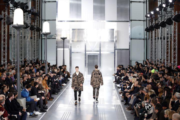 Louis Vuitton pap ah 2015-16, à Paris  (FRANCOIS GUILLOT / AFP)