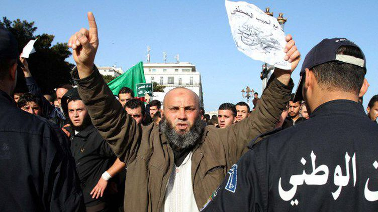 Manifestation d'islamistes à Alger. (Billal Bensalem / NurPhoto/AFP)