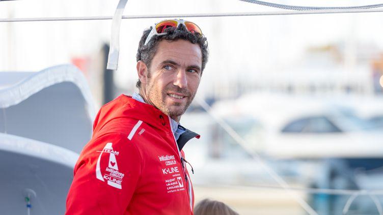 Le skipper Tanguy de Lamotte au départ du Vendée Globe, le 15 novembre 2016, aux Sables-d'Olonne (Vendée). (CITIZENSIDE/SERGE TENANI / AFP)