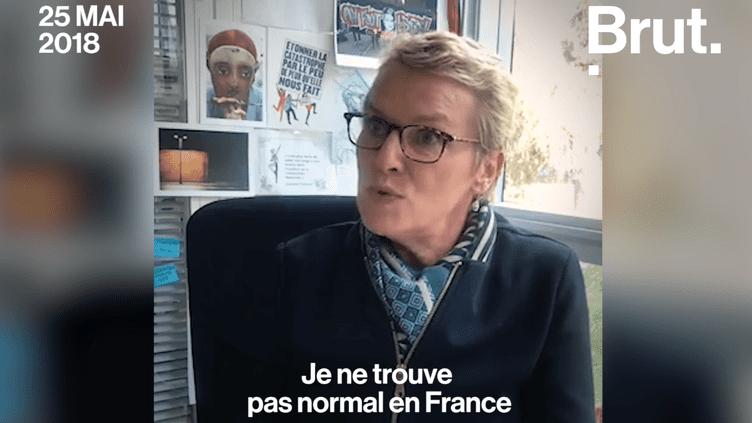 """VIDEO. Elise Lucet : """"Je ne trouve pas normal, en France, que les journalistes politiques soient toujours des journalistes politiques toute leur vie"""" (BRUT)"""