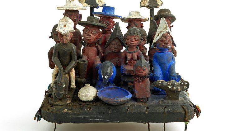 Scène de groupe de la population fon ou nago-yoruba du sud du Bénin. (DON D'EWA ET YVES DEVELON, MUSEE DES CONFLUENCES. PHOTO OLIVIER GARCIN)